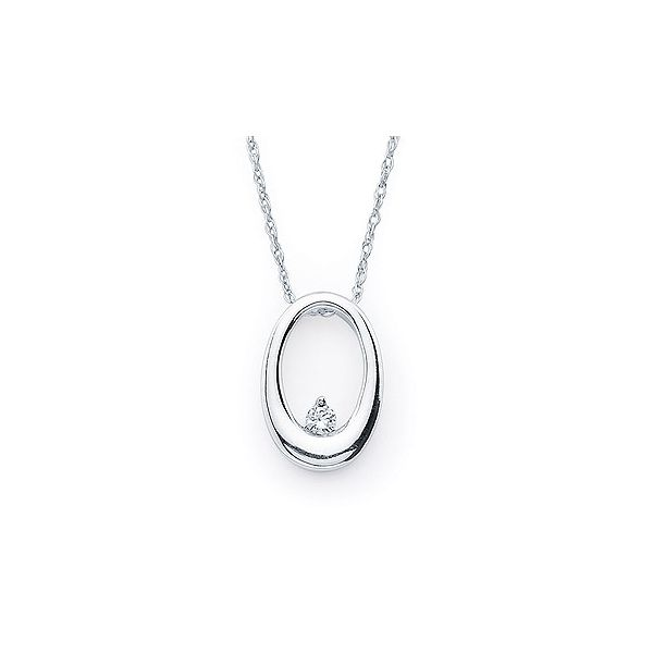 .04 Ct. Diamond Oval Necklace In 14K Gold With 18