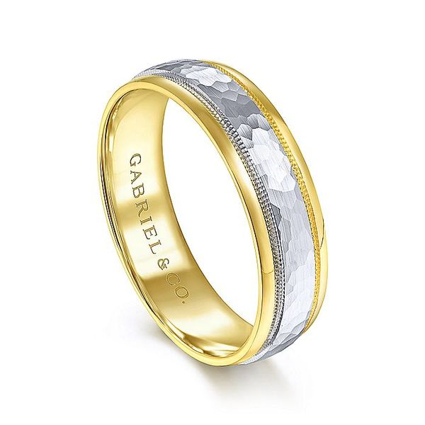 Gabriel & Co Yellow And White Gold Hammered Milgrain Channel Polished Edge Men's Wedding Ring Image 3 David Scott Fine Jewelry Panama City Beach, FL