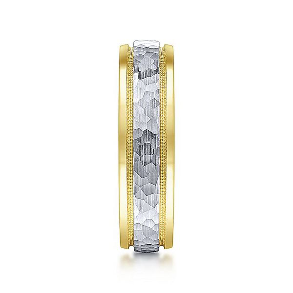 Gabriel & Co Yellow And White Gold Hammered Milgrain Channel Polished Edge Men's Wedding Ring Image 4 David Scott Fine Jewelry Panama City Beach, FL