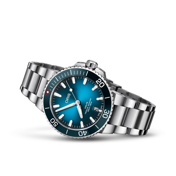 Oris Clean Ocean Limited Edition Image 2 David Scott Fine Jewelry Panama City Beach, FL