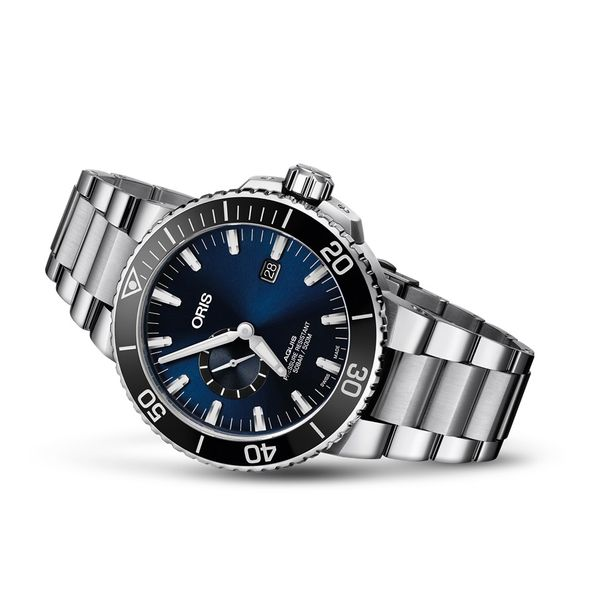 Oris Aquis Small Second, Date Image 2 David Scott Fine Jewelry Panama City Beach, FL