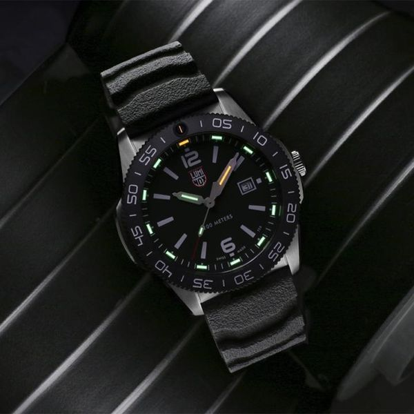 Luminox Pacific Diver Image 5 David Scott Fine Jewelry Panama City Beach, FL