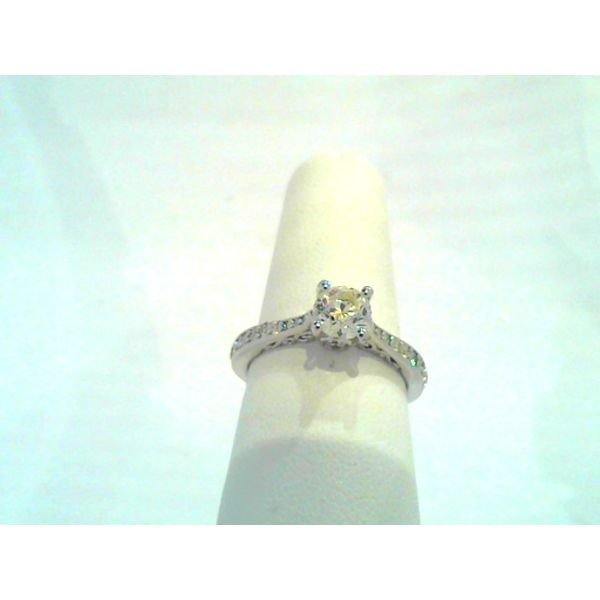 Engagement Ring Discovery Jewelers Wintersville, OH