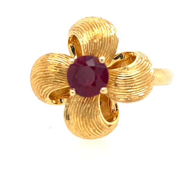 18K Yellow Gold Ruby Flower Ring E.M. Smith Family Jewelers Chillicothe, OH