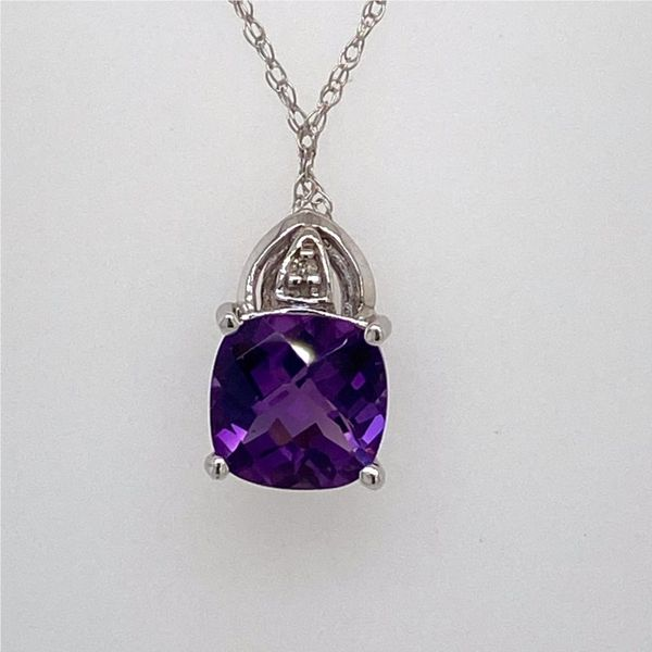 Amethyst & Diamond Pendant E.M. Family Smith Jewelers Chillicothe, OH