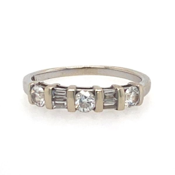Certified Pre-Owned Diamond Ring E.M. Family Smith Jewelers Chillicothe, OH