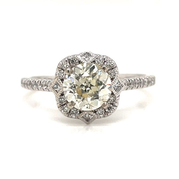 Certified Pre-Owned Diamond Ring E.M. Smith Family Jewelers Chillicothe, OH