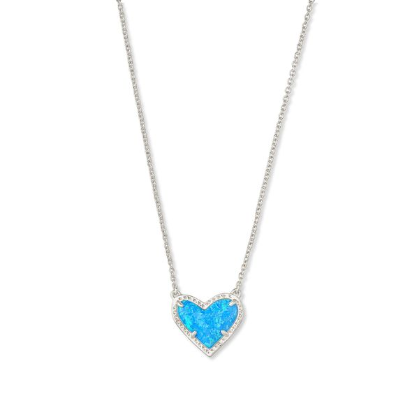 Kendra Scott Ari Heart Pendant Necklace E.M. Smith Family Jewelers Chillicothe, OH