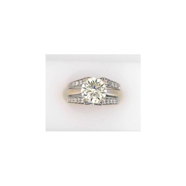 DIAMOND WEDDING SET Erickson Jewelers Iron Mountain, MI