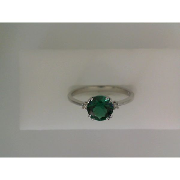LC EMERALD RING Erickson Jewelers Iron Mountain, MI