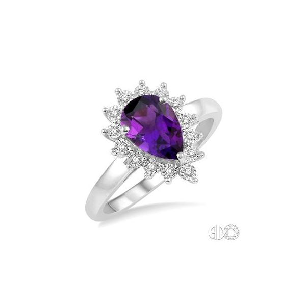 WHITE GOLD AMETHYST RING Erickson Jewelers Iron Mountain, MI