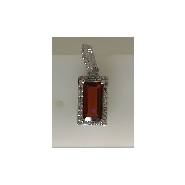 STERLING SILVER GARNET PENDANT Erickson Jewelers Iron Mountain, MI
