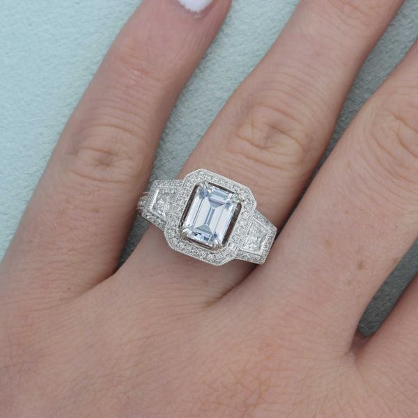 Diamond Milgrain Halo Engagement Ring Image 4 Fox Fine Jewelry Ventura, CA