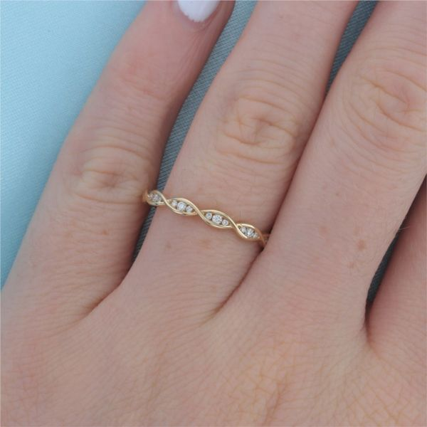 Yellow Gold Diamond Illusion Marquise Band Image 4 Fox Fine Jewelry Ventura, CA