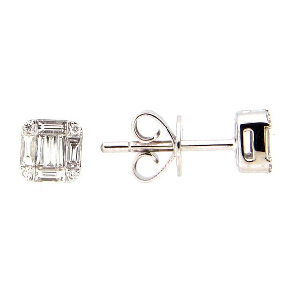 14K White Gold Emerald Shape Diamond Cluster Stud Earring Image 2  ,