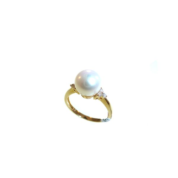 Pearl Ring Georgetown Jewelers Wood Dale, IL