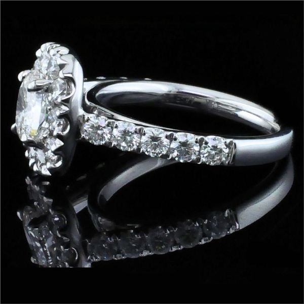 Henri Daussi Diamond Engagement Ring Image 2 Gerald's Jewelry Oak Harbor, WA