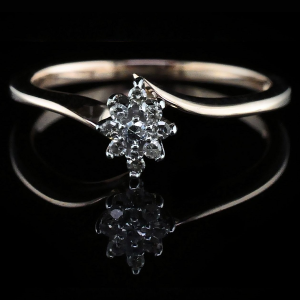 Rose Gold and Diamond Cluster Wedding Set Image 3 Gerald's Jewelry Oak Harbor, WA