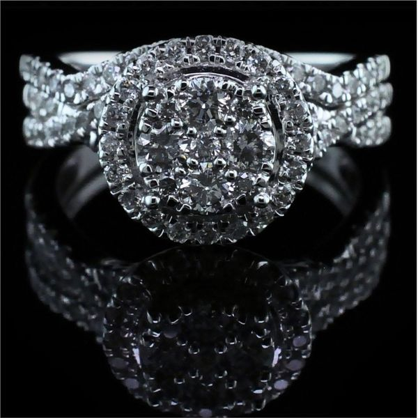 Cluster Style Diamond Engagement Ring Gerald's Jewelry Oak Harbor, WA