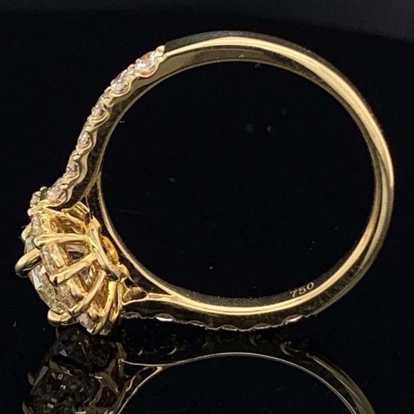 18K Yellow Gold And Diamond Halo Engagement Ring Image 3 Gerald's Jewelry Oak Harbor, WA