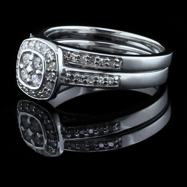 10K Diamond Wedding Set Image 2 Geralds Jewelry Oak Harbor, WA