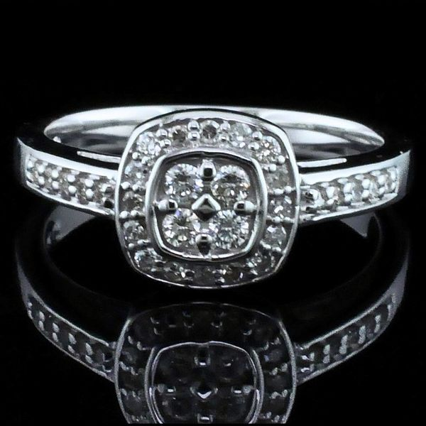 10K Diamond Wedding Set Image 3 Geralds Jewelry Oak Harbor, WA