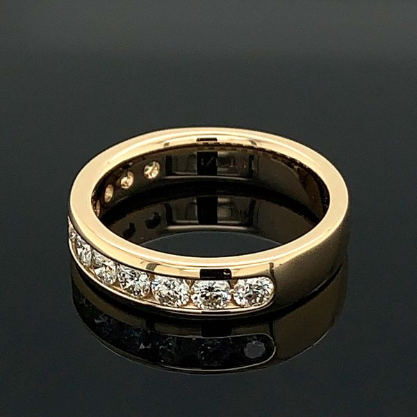 One Carat Total Weight Diamond Anniversary Band Image 2 Geralds Jewelry Oak Harbor, WA
