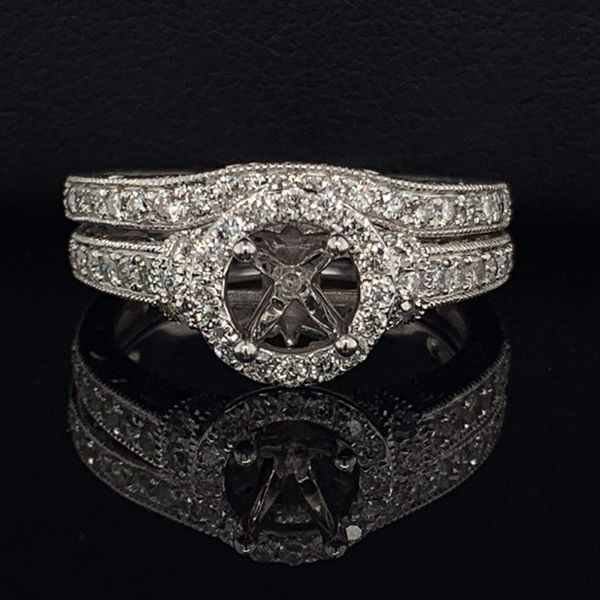 14K White Gold And Diamond Carved Ladies Wedding Set Gerald's Jewelry Oak Harbor, WA