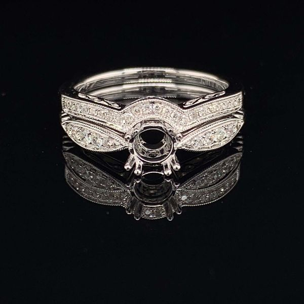 14K White Gold And Diamond Ladies Wedding Set Without Center Stone Gerald's Jewelry Oak Harbor, WA