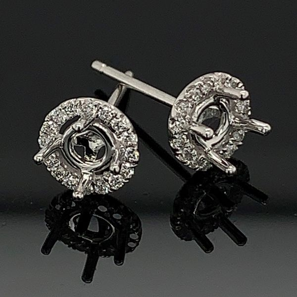 18K White Gold Halo Style Diamond Earrings Gerald's Jewelry Oak Harbor, WA