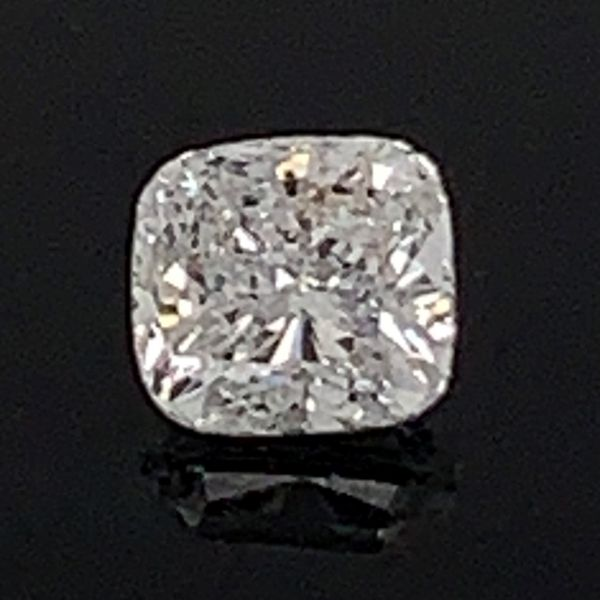 .90Ct Cushion Cut Diamond Gerald's Jewelry Oak Harbor, WA