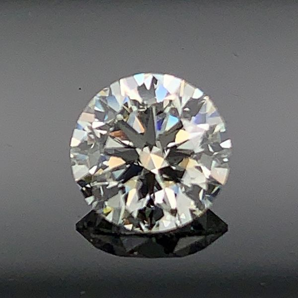 .90ct Round Brilliant Ideal Hearts and Arrows Cut Diamond Gerald's Jewelry Oak Harbor, WA