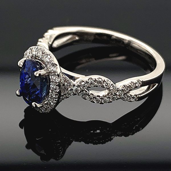 18K Blue Sapphire and Diamond Ring Image 2 Gerald's Jewelry Oak Harbor, WA