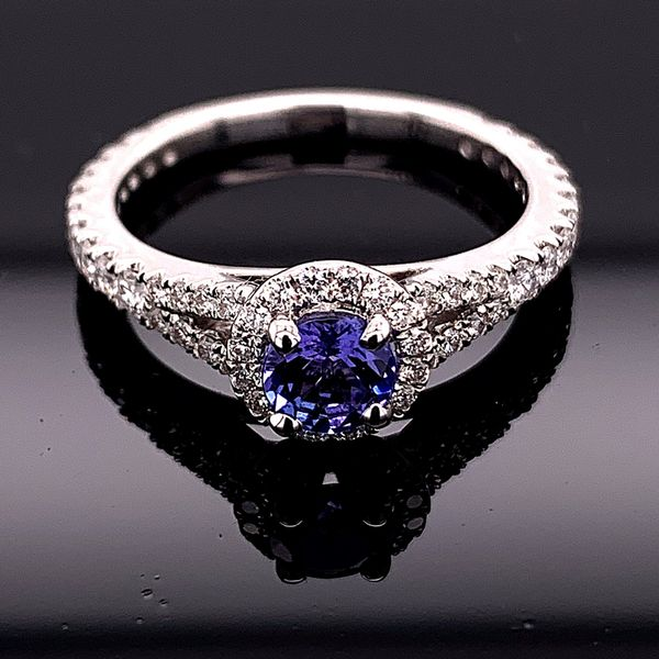 18K White Gold Tanzanite and Diamond Ring Gerald's Jewelry Oak Harbor, WA