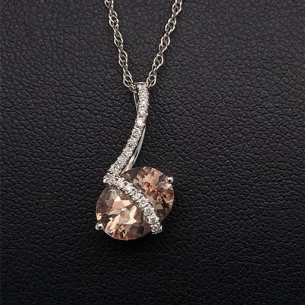 Morganite and Diamond Pendant Gerald's Jewelry Oak Harbor, WA