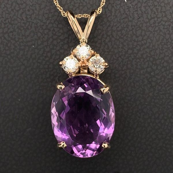 Amethyst And Diamond Ladies Pendant Gerald's Jewelry Oak Harbor, WA