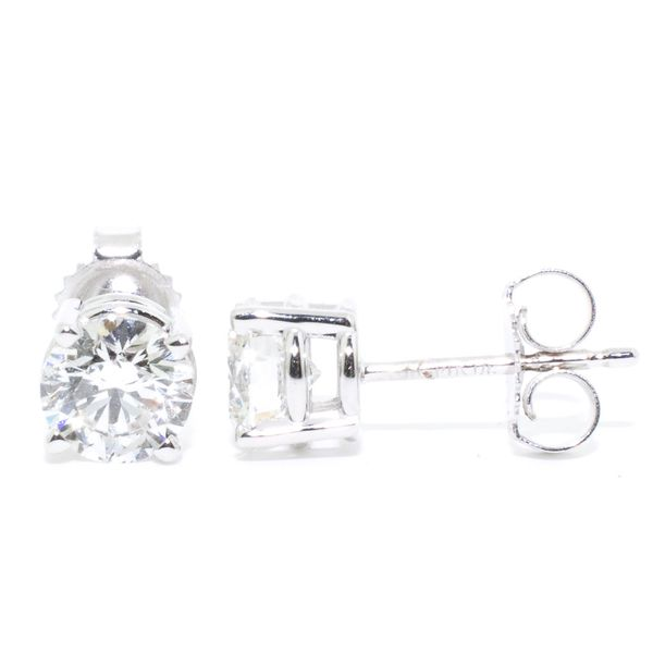 Lab Grown Diamond Studs Graziella Fine Jewellery Oshawa, ON
