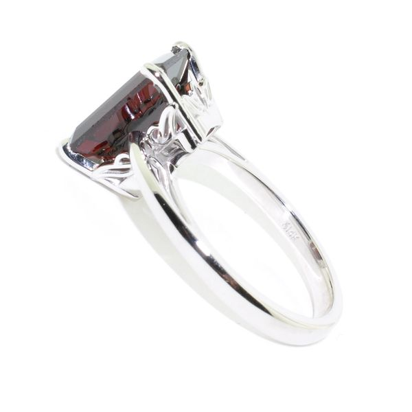 10KT White Gold 2.60CT Garnet Ring. Image 2 Graziella Fine Jewellery Oshawa, ON