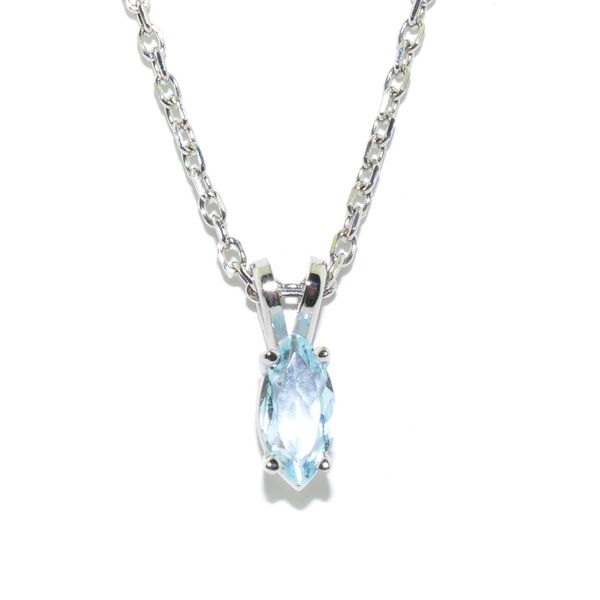 14KT White Gold 0.50CT Aquamarine Pendant on 10KT White Gold 18