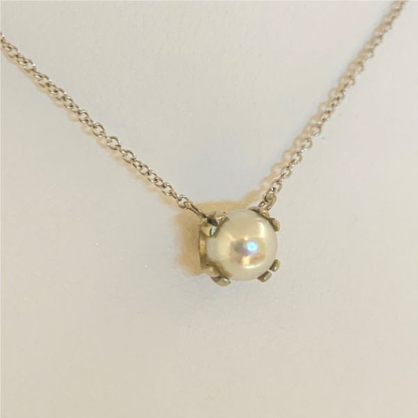 Pearl Pendant Necklace Hingham Jewelers Hingham, MA