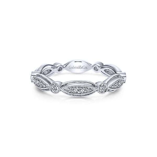 Classically beautiful scalloped diamond ring by Gabriel & Co. Holliday Jewelry Klamath Falls, OR