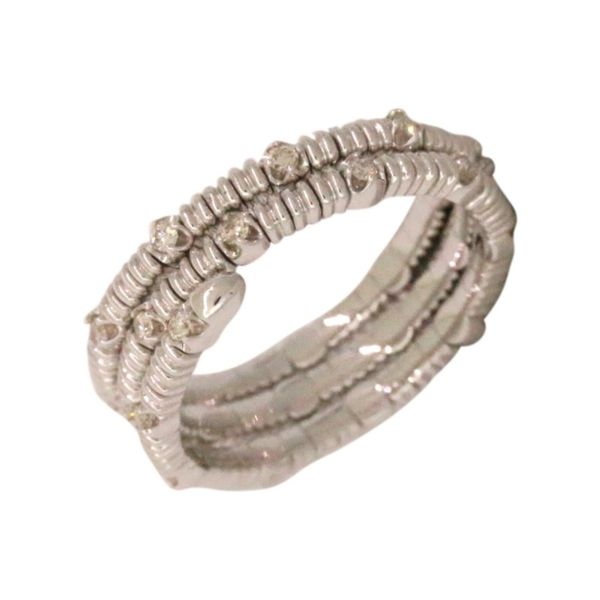 Flexible diamond ring. Holliday Jewelry Klamath Falls, OR
