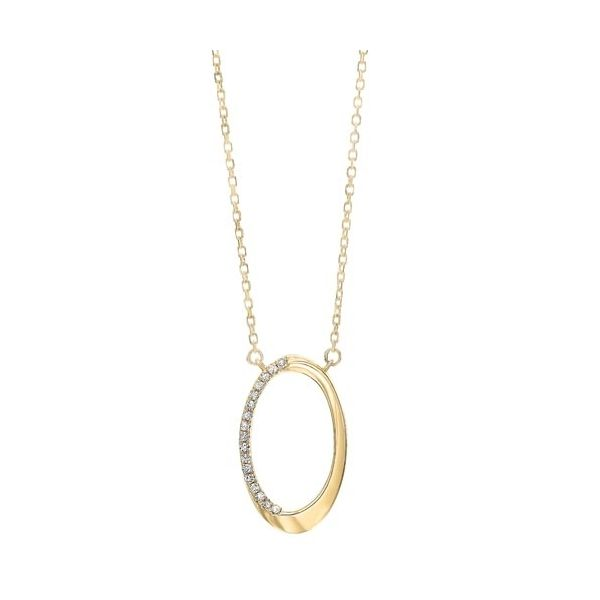 Oval diamond pendant. Holliday Jewelry Klamath Falls, OR