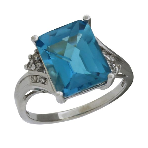 Blue topaz and diamond ring. Holliday Jewelry Klamath Falls, OR