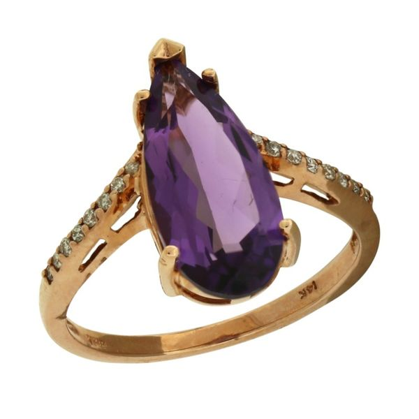Amethyst chevron style ring. Holliday Jewelry Klamath Falls, OR