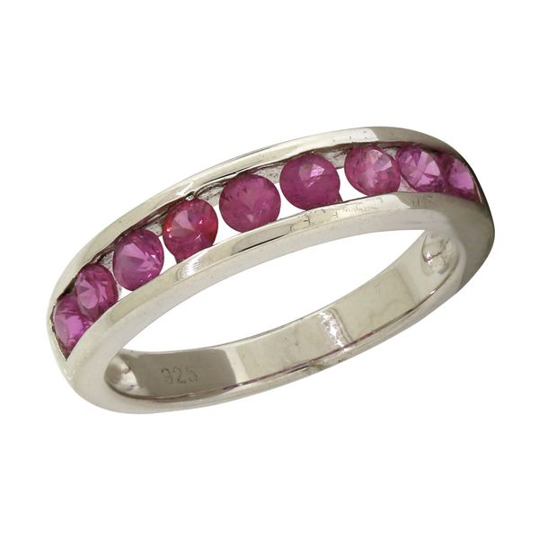 Genuine pink sapphire ring. Holliday Jewelry Klamath Falls, OR