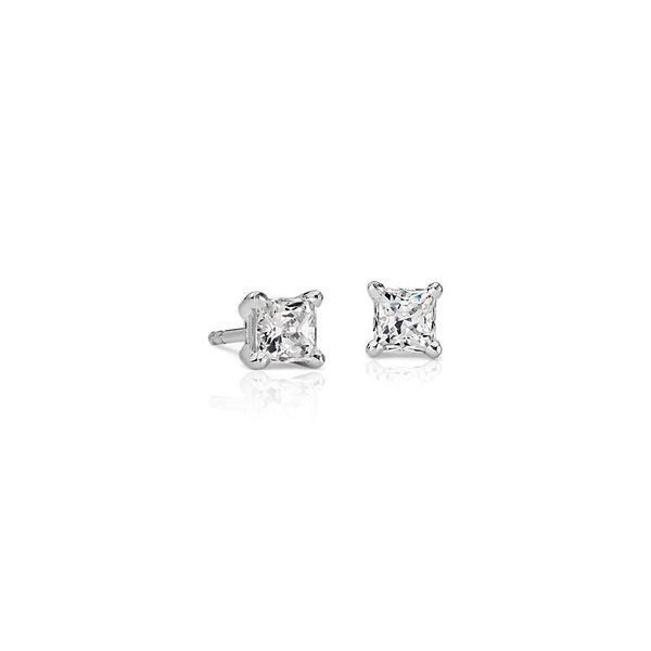 0.69cttw Diamond Stud Earrings Holtan's Jewelry Winona, MN