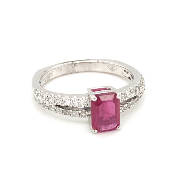 Emerald cut Ruby Ring Image 2 Jais Providenciales,