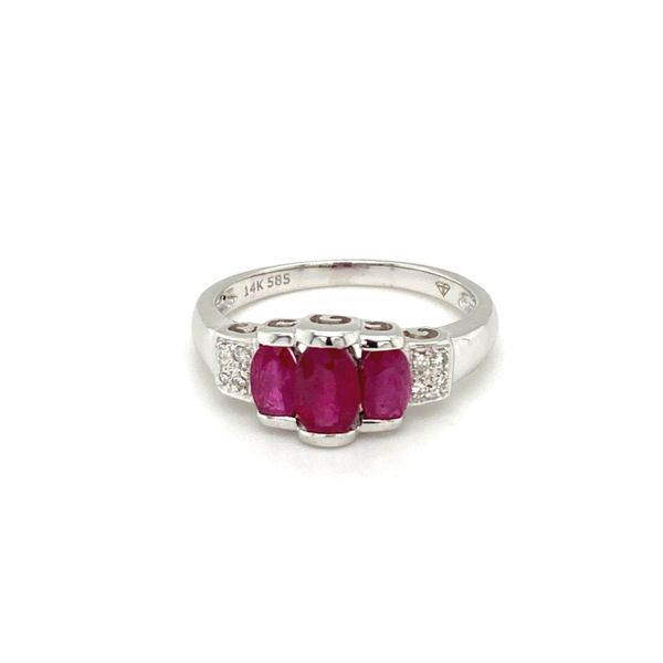 Three Rubies Diamond Ring Jais Providenciales,