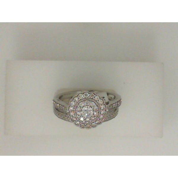 Equity Diamond Brokers Bridal J. Howard Jewelers Bedford, IN